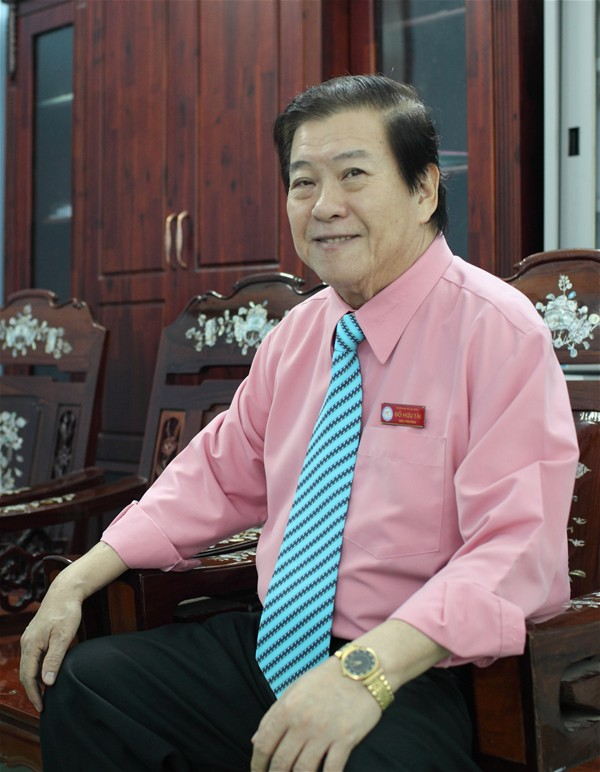 People's Teacher Dr. Do Huu Tai Rector of LHU